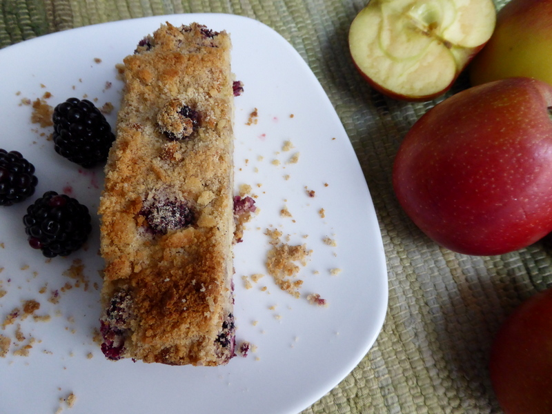 Sugar free blackberry and apple cake